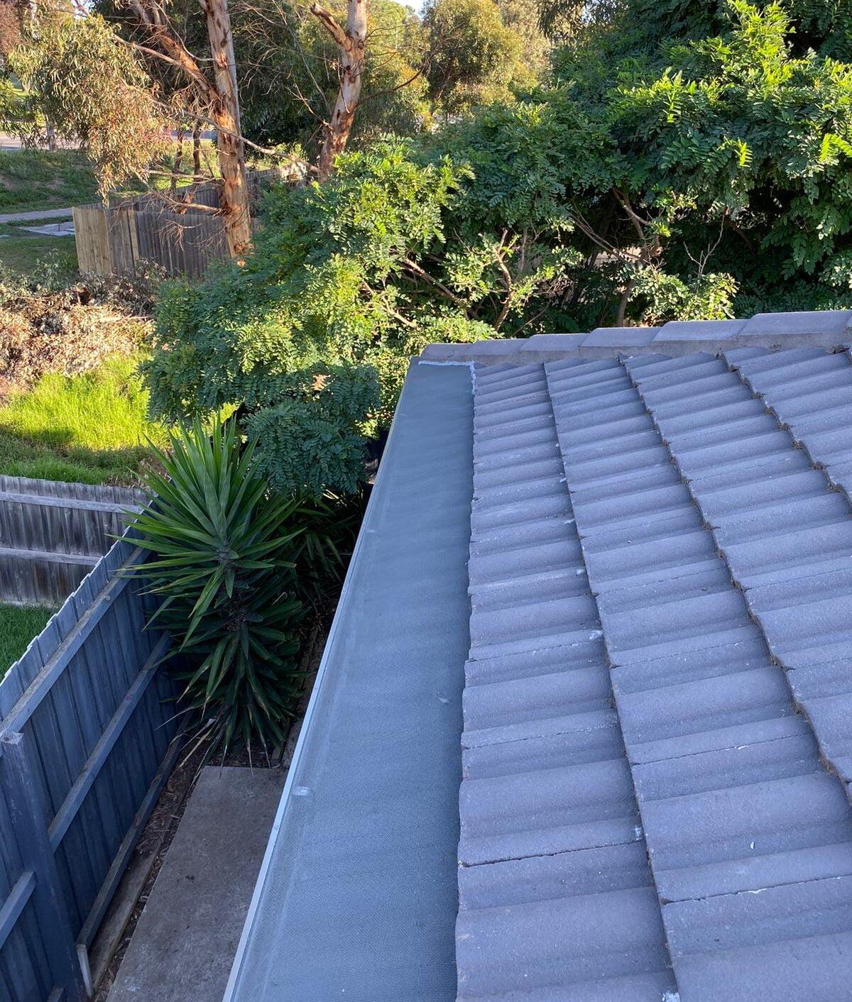 LEAFSCREENER gutter guard concrete roof